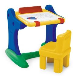 Chicco Edukacyjne biurko z tablicą i krzesełkiem